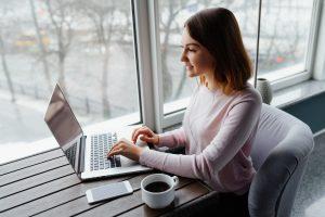 4 Formas efectivas de hacer dinero en internet.